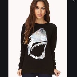 {Forever 21} sequin SHARK sweatshirt (M)